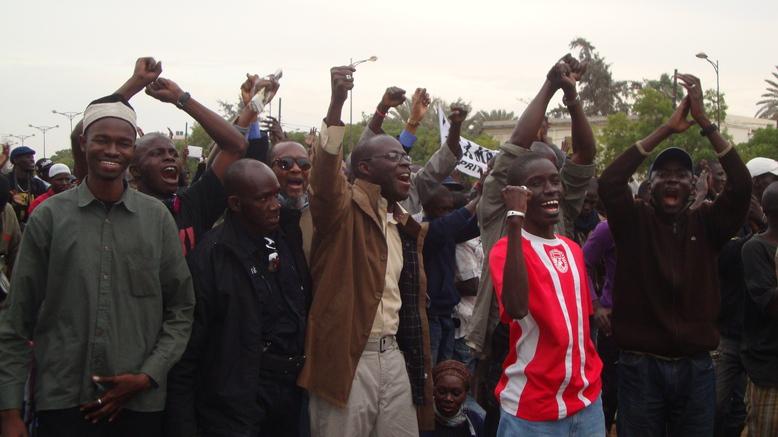 """Cheikh Bamba Dièye : """"Les religieux doivent faire entendre raison à Wade"""""""