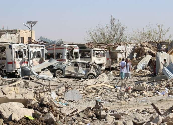 Afghanistan: trois personnes, dont deux policiers, tués dans un attentat et une vingtaine d'enfants blessés