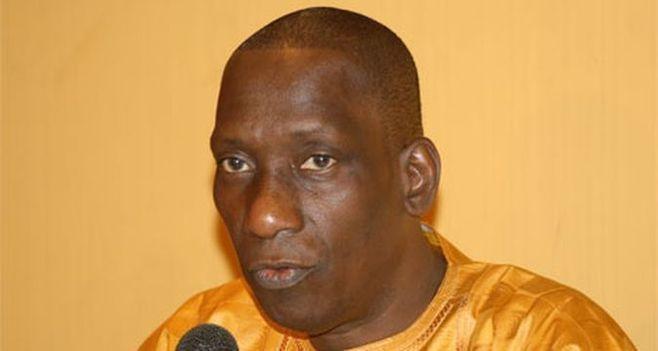 """Mamadou Diop """"Decroix"""" se dit rassuré pour la victoire des FAL 2012 à Thiès"""