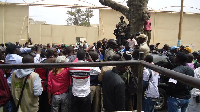 """VIDEOS & PHOTOS Youssou Ndour: """"Il ne peut y avoir d'élection au Sénégal avec Wade"""""""