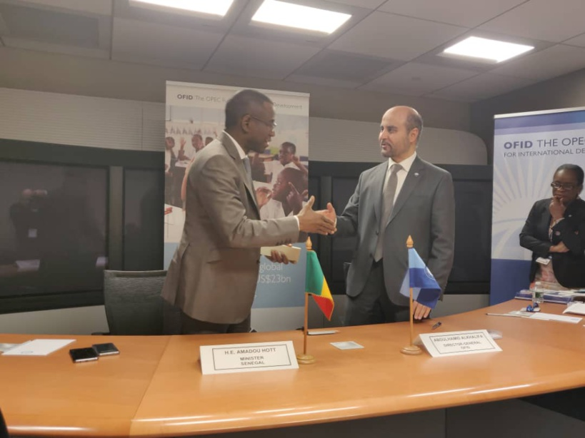 Le Sénégal signe deux accords de financement avec le Fonds de l'Opep