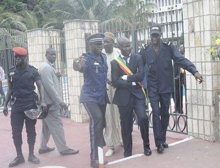 Direct Manif M23: Cheikh Bamba Dièye et Ibrahima Sène interpellés avant d'être libérés