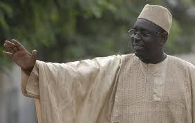 Macky Sall invite ses concitoyens à « se rendre massivement aux urnes le 26 février pour le départ de Me Wade »