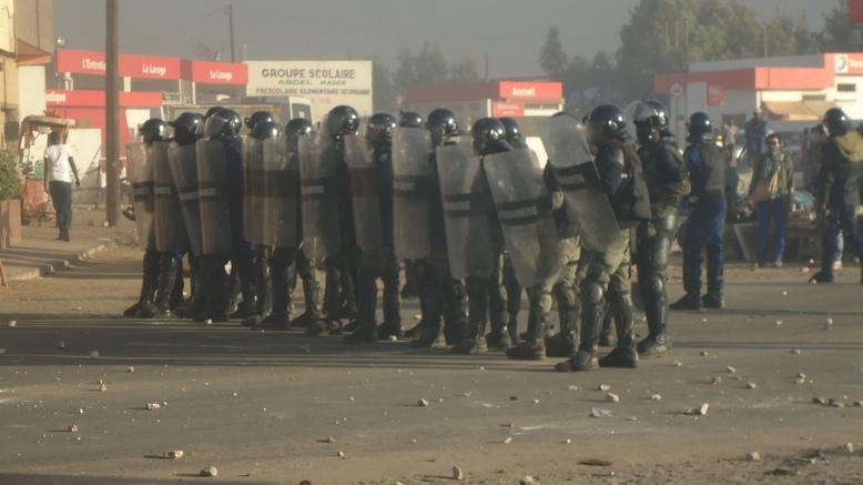 Sénégal : la tension monte, la police et la gendarmerie déployées à Dakar