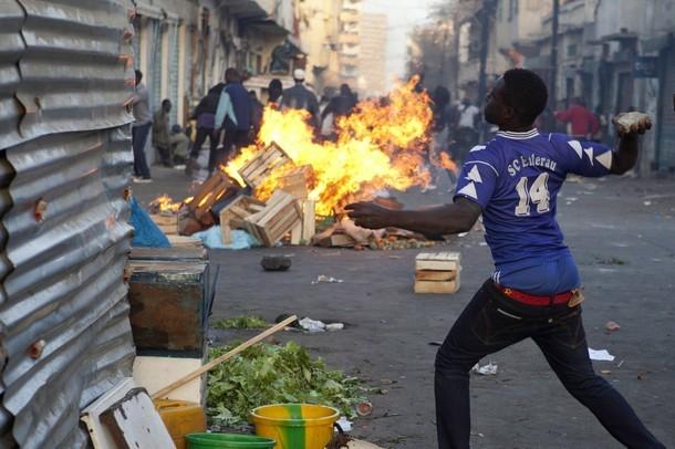 Dernière minute: Dahra sous haute tension, la maison du maire brûlée, le commandant de brigade blessé