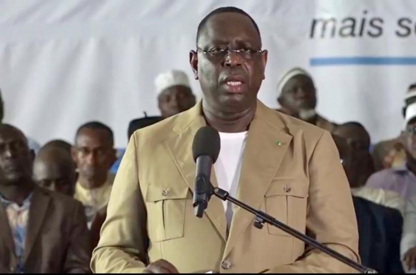 Macky Sall offre 20 millions FCFA aux élus de Kaffrine