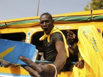 Les Sénégalais aux urnes sur fond de tension