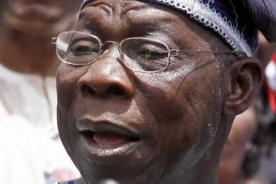 Sénégal - Le président Obasanjo appelle à une élection paisible