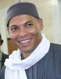Présidentielle 2012 : Karim Wade confiant sans la psychose des locales