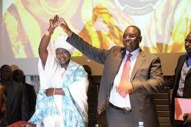 Direct-Présidentielle 2012 : A Diourbel Aminata Tall refuse de prendre le bulletin de Wade