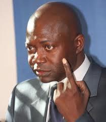 Direct-Présidentielle 2012 : A Fatick des nervis de Sitour Ndour tabassent le correspondant de Walf