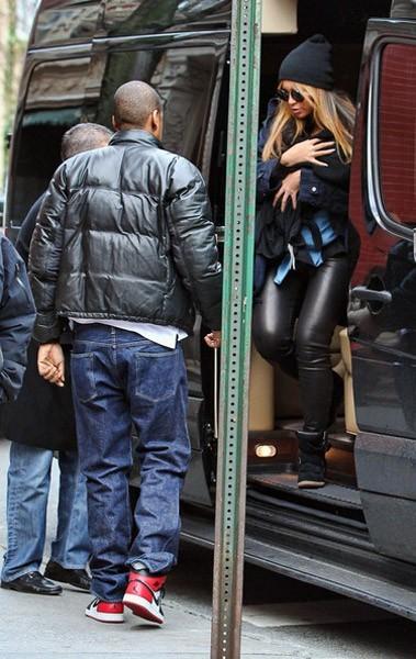 Beyoncé : ballade à New York avec Blue Ivy et Jay-Z (photos)