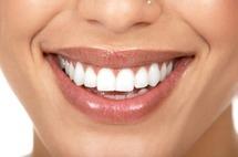 Astuces beauté - beaux ongles et belle dents en 5 minutes chrono