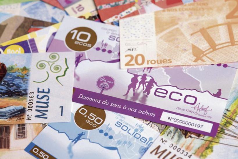 L'ECO, monnaie africaine ou nouvelle arnaque pour le maintien du pacte colonial et de la FRANCE-A-FRIC