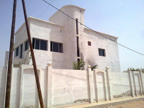 Reportage Photos de l'incendie du domicile du porte-parole de feu Serigne Saliou Mbacké par les Thiantacounes
