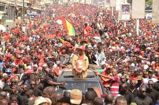 Manifestants tués en Guinée : le FNDCG section Sénégal exige l'arrestation d'Alpha Condé