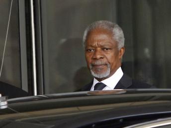 Kofi Annan à Damas le 10 mars 2012. REUTERS/Khaled al-Hariri