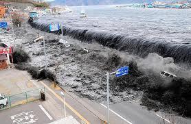 Japon: un an après le tsunami et la catastrophe nucléaire, sous les décombres, les séquelles