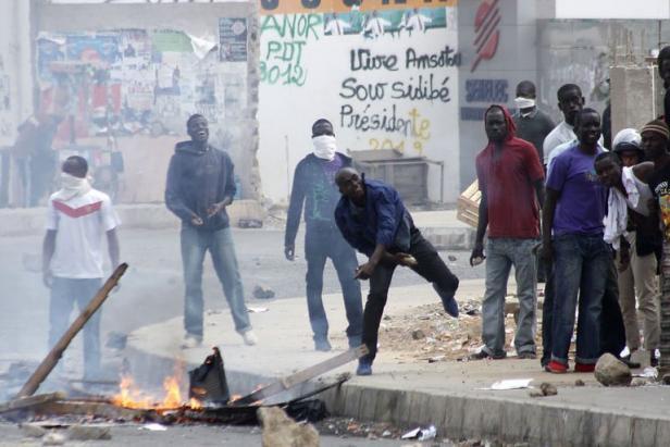 """Evaluation Premier tour: """"Scrutin calme émaillé par des scènes de violences"""", selon la CENA"""