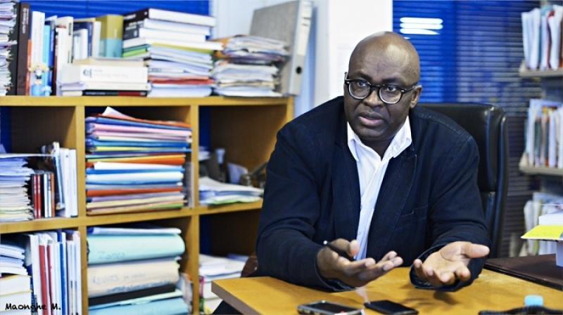 Un passeport diplomatique offert par le Sénégal à l'opposant camerounais Achille Mbembe