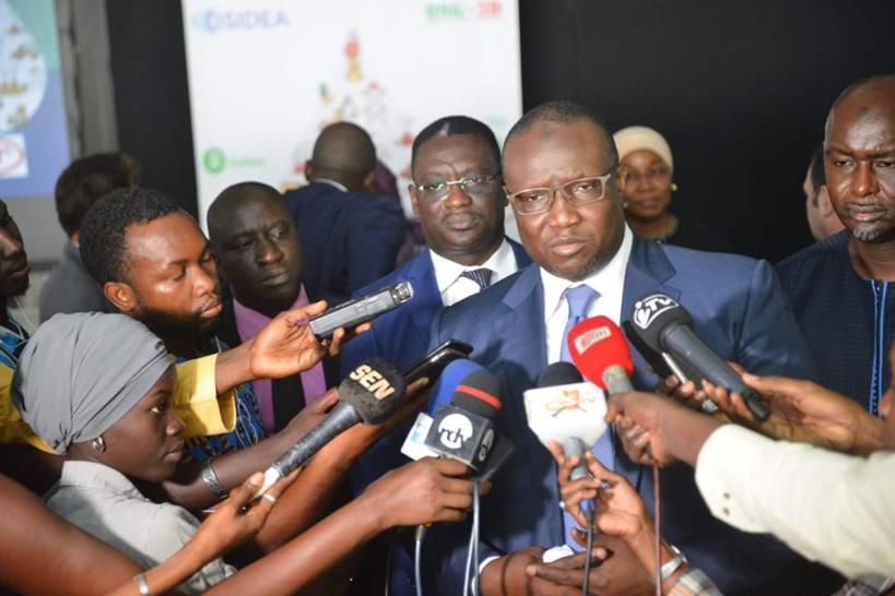 Assemblée nationale: le ministre du Pétrole Makhtar Cissé survole son sujet