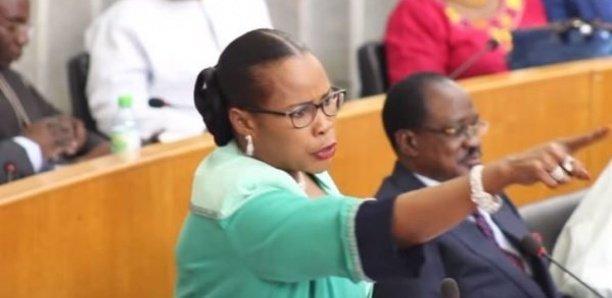 """La députée Mame Diarra Fam crache du feu sur Me Malick Sall: """"vous n'avez pas fait d'études, vous êtes nul»"""