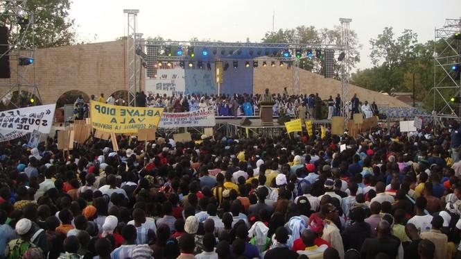 Sur les traces de Bennoo Bokk Yakaar à Thiès : Abdoulaye Wade joue Idy contre Macky