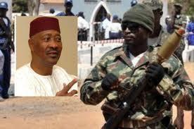 La chute d'Amadou Toumani Touré au Mali ou la défaite d'une politique de consensus