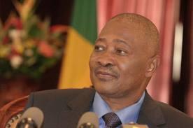 """Le président """"ATT"""" affirme se trouver à Bamako, en bonne santé et libre"""