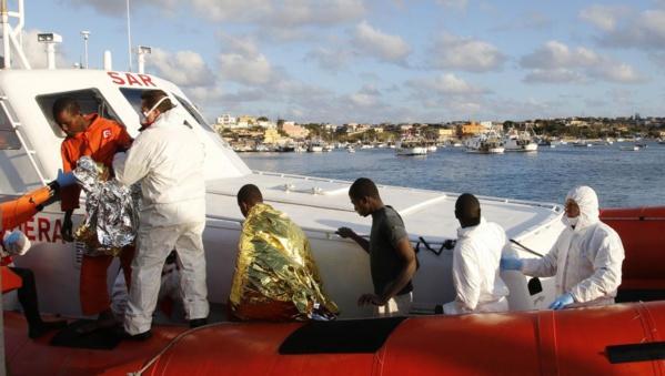 Les 14 rescapés sénégalais du naufrage ont quitté Nouakchott à bord d'un bus pour rallier Dakar