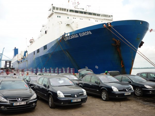 Ports Afrique de l'Ouest: l'étau se resserre autour des véhicules d'occasion