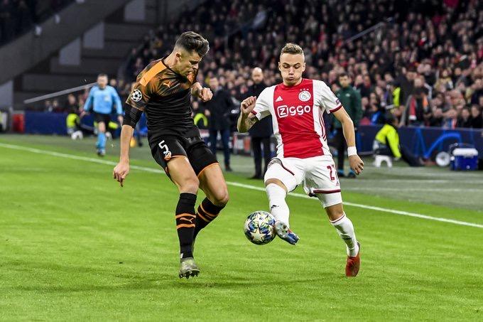 #LigueDesChampions - L'Ajax éliminé, Valence et Chelsea qualifiés en 8e