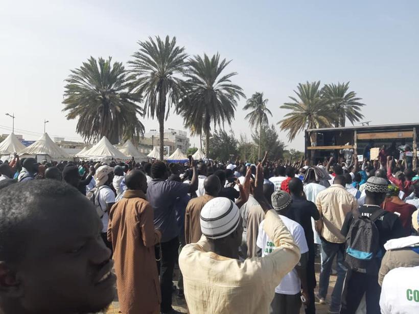 Marche Coalition ÑOO LANK: les Sénégalais ont investi la Place de la Nation