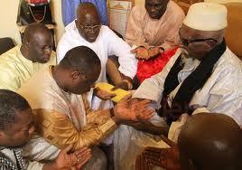 Macky Sall reçu par Serigne Sidi Moctar Mbacké