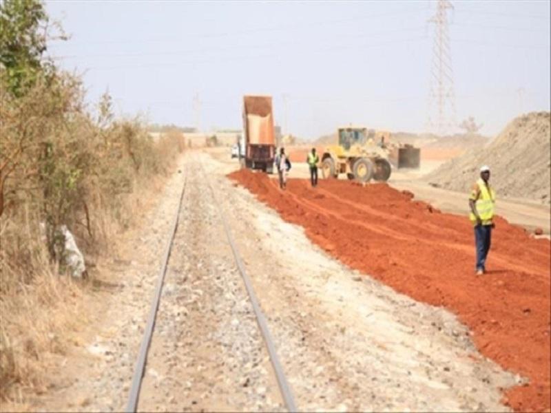 Train express régional: le collectif des impactés dénonce les lenteurs et interpelle Macky Sall