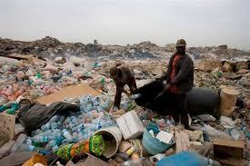 Fermeture de la décharge de Mbeubeuss : les recycleurs parlent d'une décision politique pour une main mise foncière