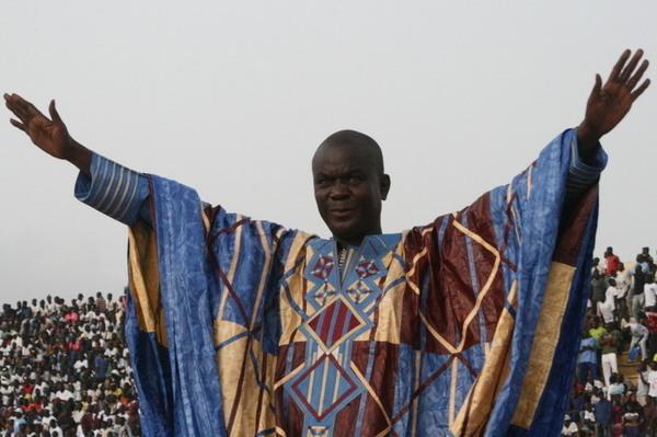 Yékini et Bécaye Mbaye fument le calumet de la paix