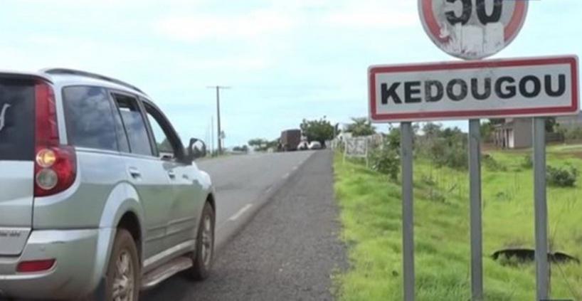 Kédougou: les conducteurs de taxi-clandos envahissent la rue pour dénoncer les tracasseries policières