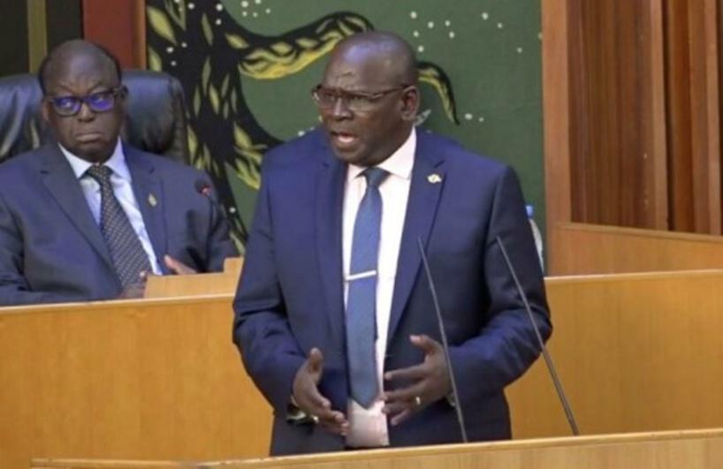 Assemblée Nationale: Aymérou Gningue met en garde ses collègues de Bby