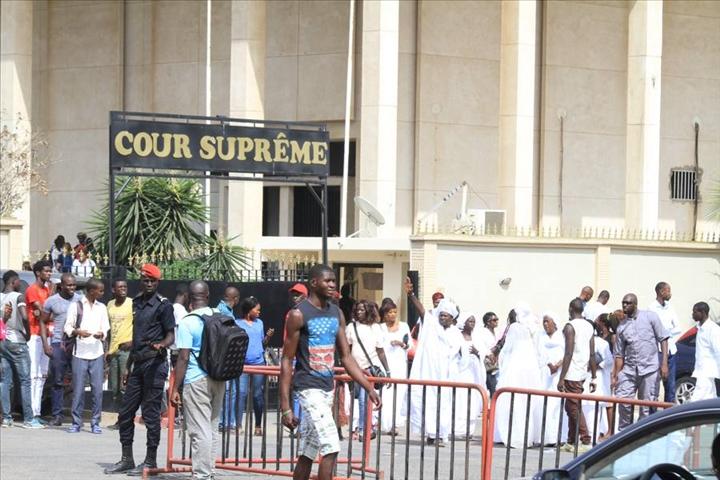 """Le collectif """"Noo Lank"""" attaque le préfet de Dakar chez le Juge des Référés"""