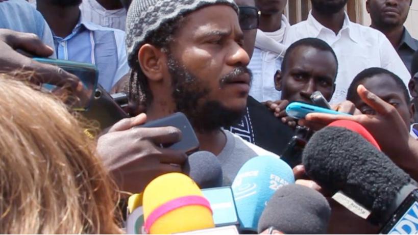 Direct - Place de l'indépendance: Thiat et Aliou Sané de Yen a marre arrêtés - ça chauffe