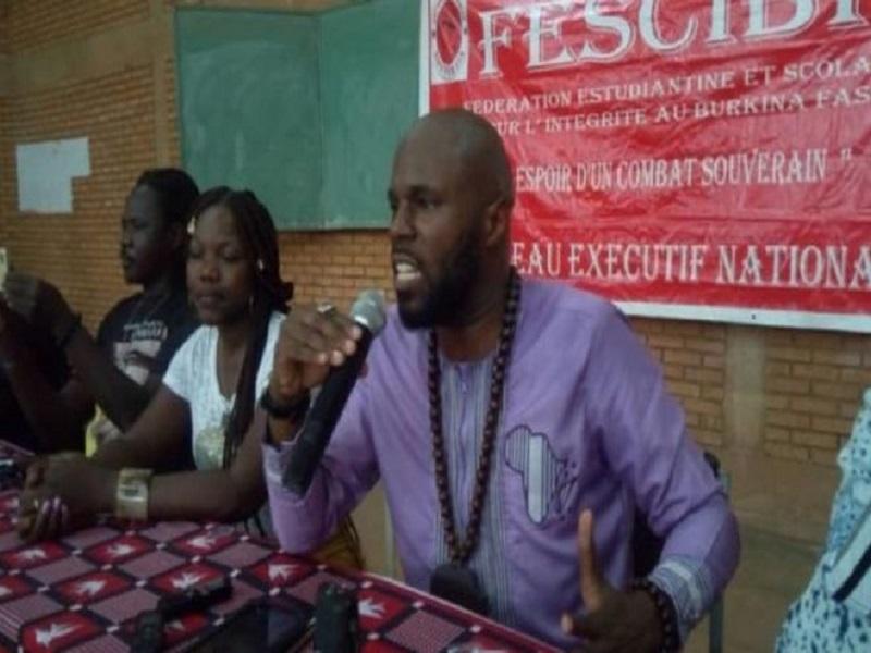 Kémi Séba expulsé de Ouaga vers une destination inconnue