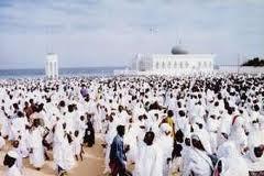 Le président Macky Sall a prié ce vendredi chez les layènes