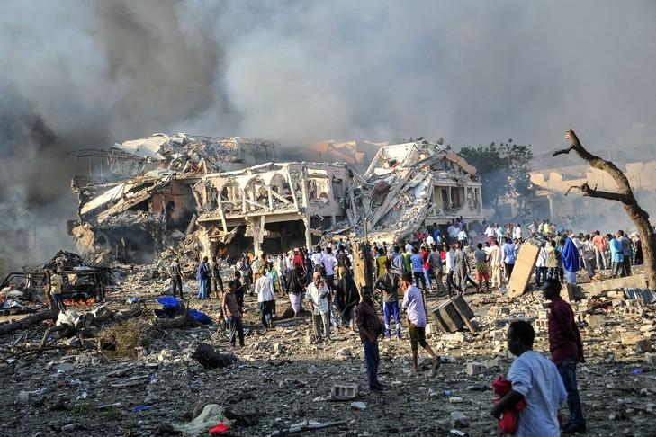 Somalie : plus de 20 morts et de nombreux blessés dans un attentat à la voiture piégée à Mogadiscio (police)