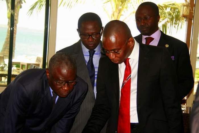 Législatives 2012: les listes introuvables, les états majors dans l'angoisse des investitures
