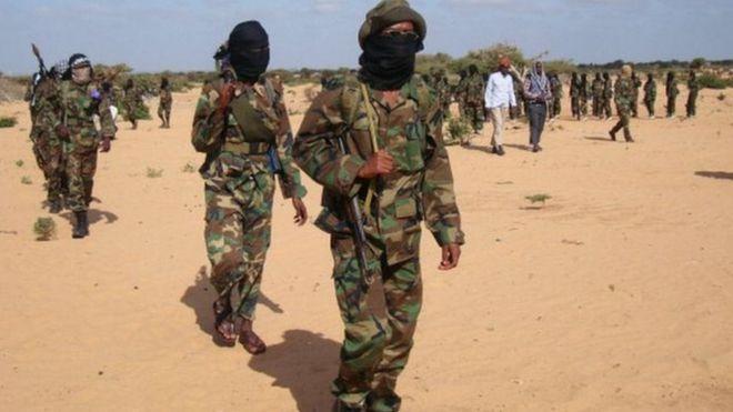 Des miliciens Shebab attaquent une base militaire au Kenya
