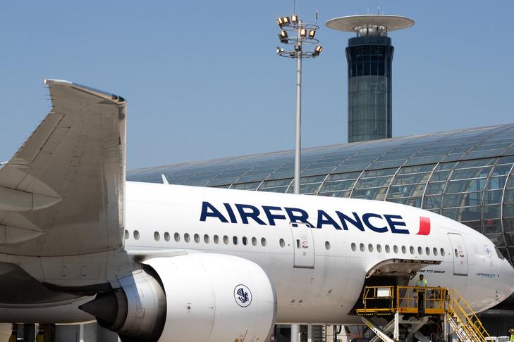 France: le corps sans vie d'un enfant retrouvé dans le train d'atterrissage d'un avion de ligne en provenance d'Abidjan