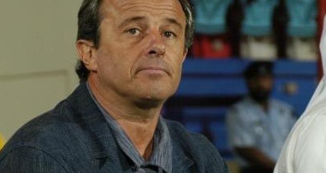 Désistement de Lechantre : L'entraineur français traité de tous les noms d'oiseau par le monde du foot sénégalais