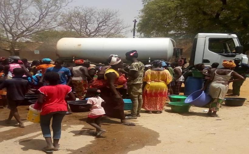 Manque d'eau à Fimla : le liquide précieux ne coule plus dans les robinets depuis 2 mois