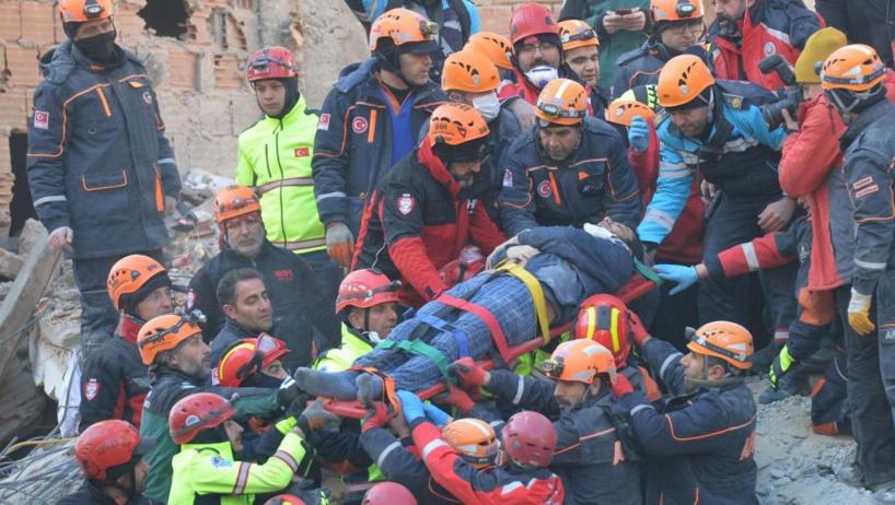 Turquie: un puissant tremblement de terre touche l'est du pays